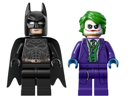 1405869538000 76023 Front 0021 Der The Dark Knight Tumbler aus Lego mit Heath Ledger Joker