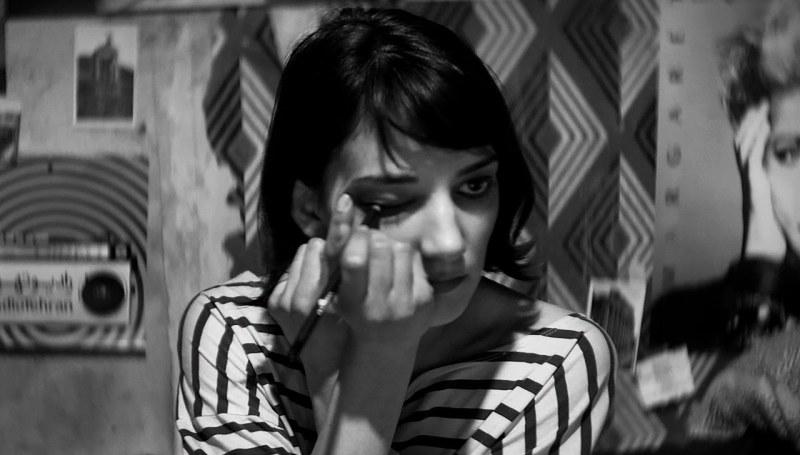 maxresdefaultUWTPSEQR e1414624904693 A Girl Walks Home Alone At Night ist der erste iranische Vampir Western