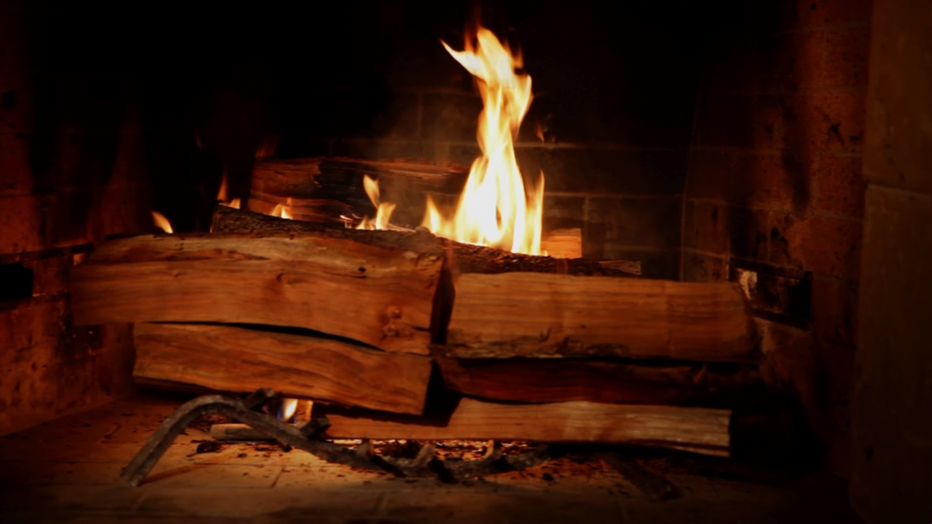 """Fireplace For Your Home"" – der Trailer zum neusten Geniestreich von Netflix"