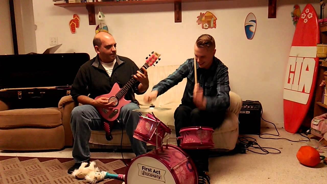 Slayer auf Kinderinstrumenten