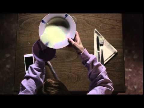 """""""EAT my SHIT"""" – Ein Kurzfilm über eine Frau mit Poloch als Mund (NSFW)"""