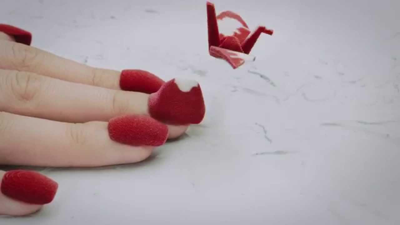 """""""Transforming"""" ist ein Stop-Mo-Kurzfilm mit 3D-geprinteten Fingernägeln"""