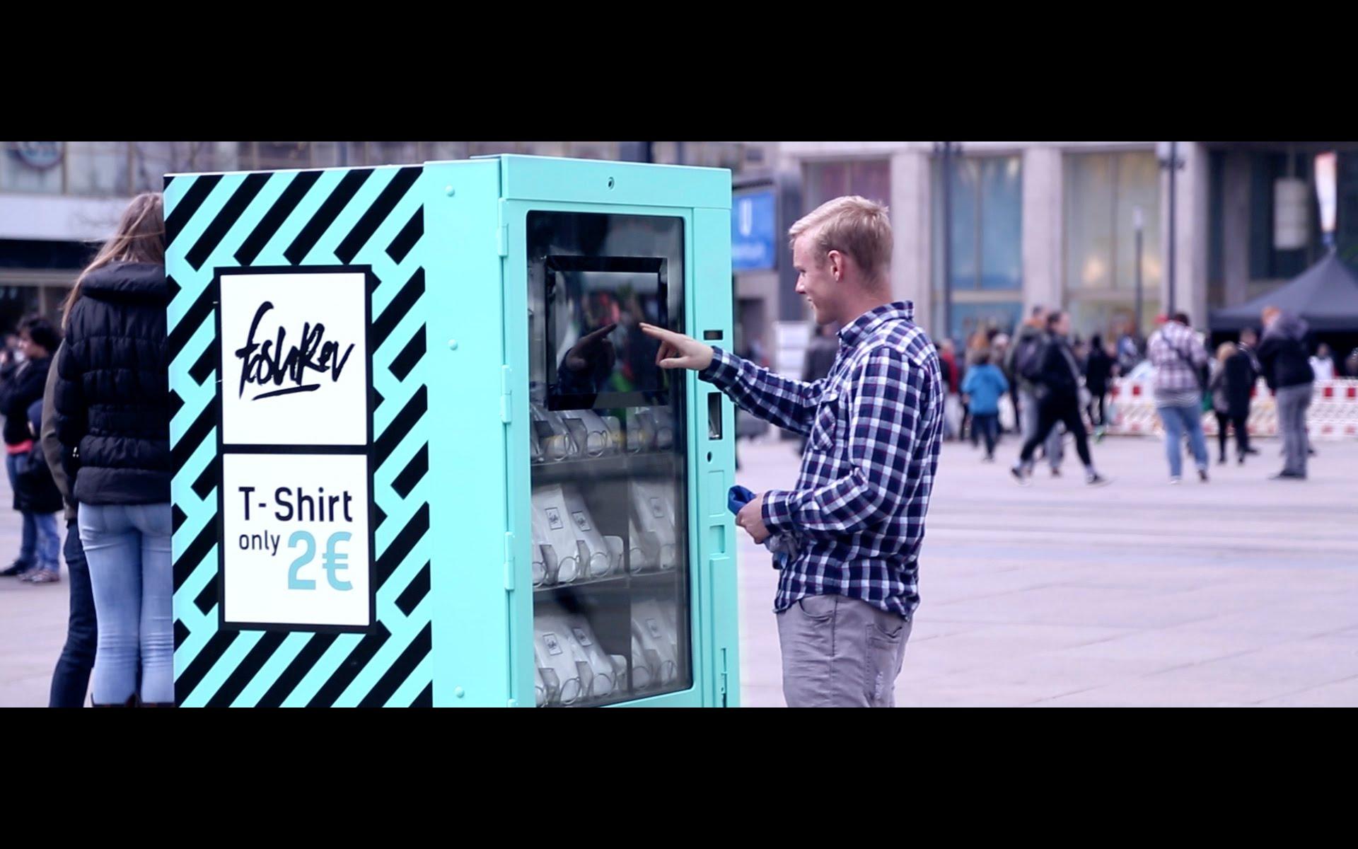 Ein Automat, der dir zeigt, wie dein 2-€-Shirt produziert wurde