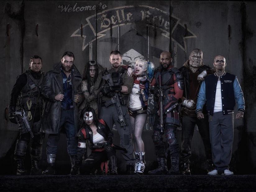 """Das erste Bild vom """"Suicide Squad"""" in Kostümen macht Hoffnung, aber nicht viel"""