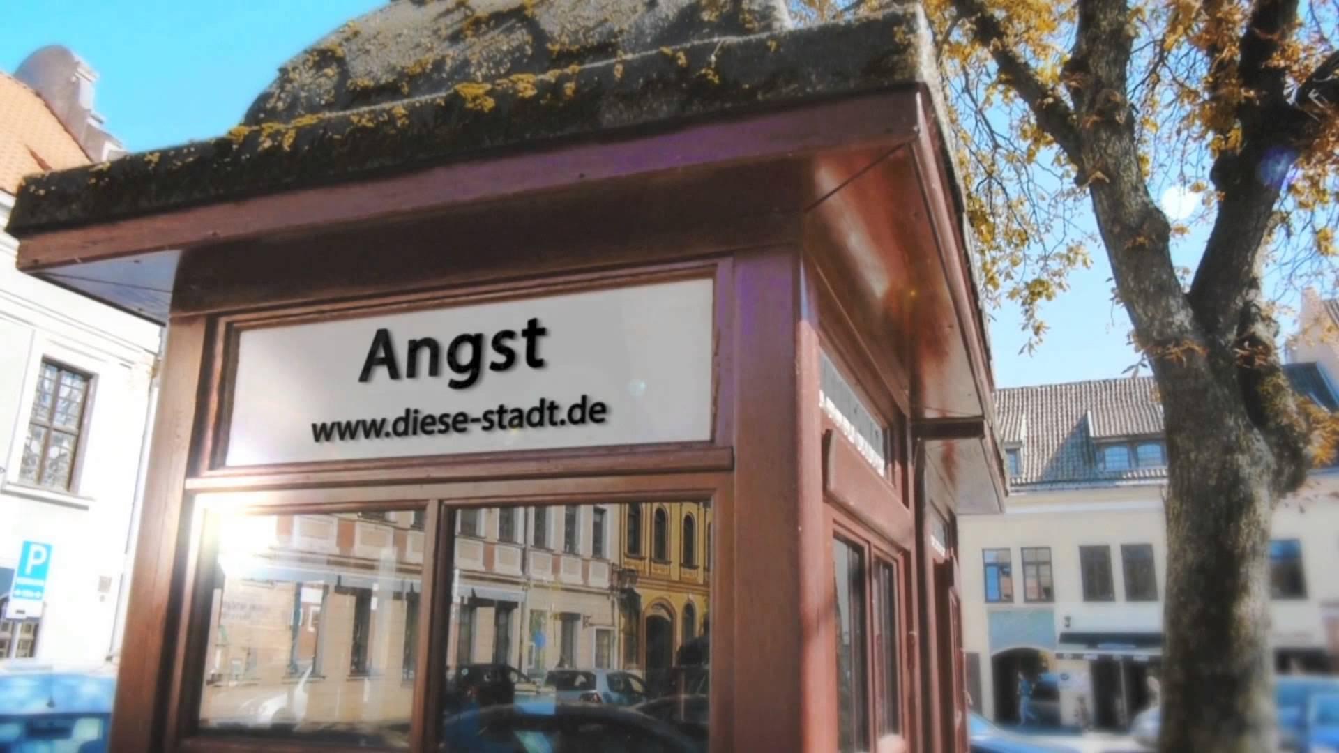 """Gute Musik am Abend: Daniel Decker – """"Diese Stadt ist ein Scheißdreck"""" & """"Prolog"""" & Samstag auch live!"""