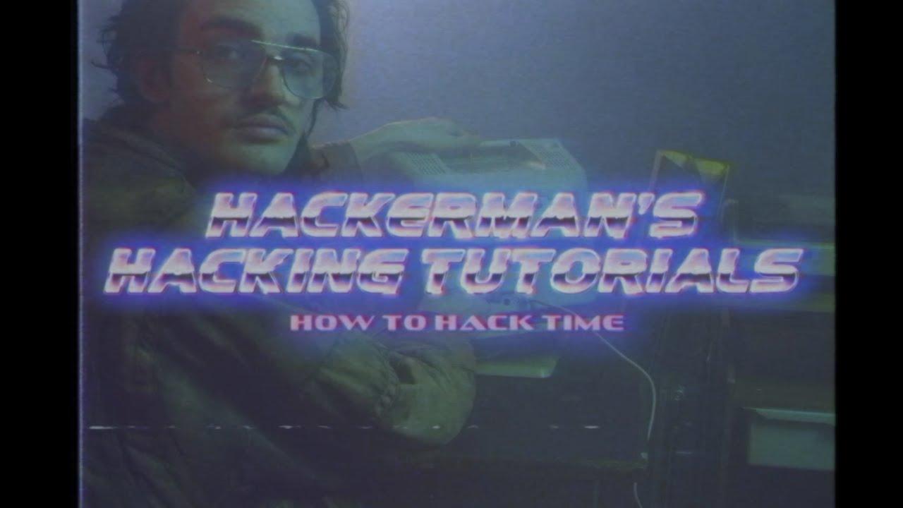 """Hackerman aus """"Kung Fury"""" erklärt uns, wie man eigentlich die Zeit hackt!"""