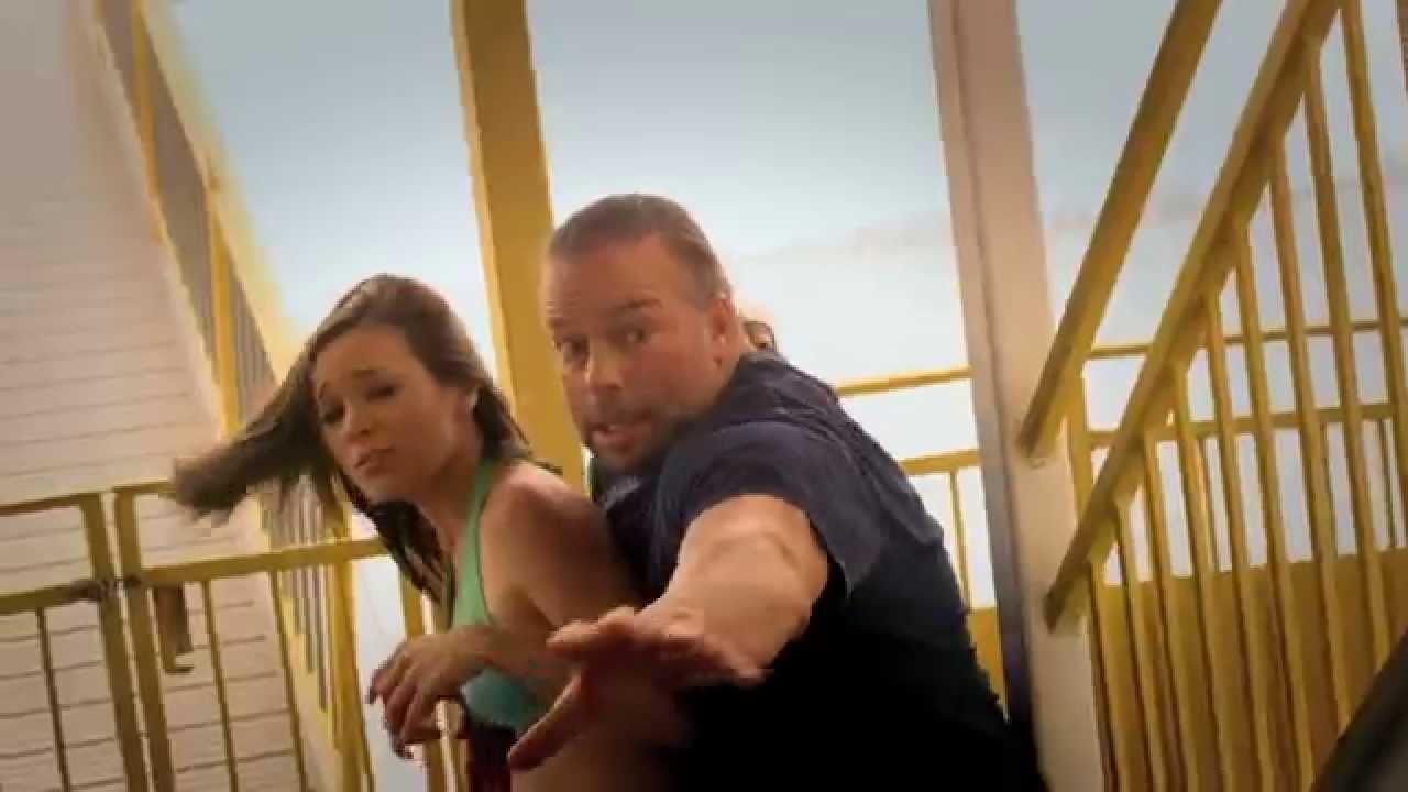 "The Asylum bringt ""3-Headed Shark Attack"" mit Danny Trejo direkt auf DVD"