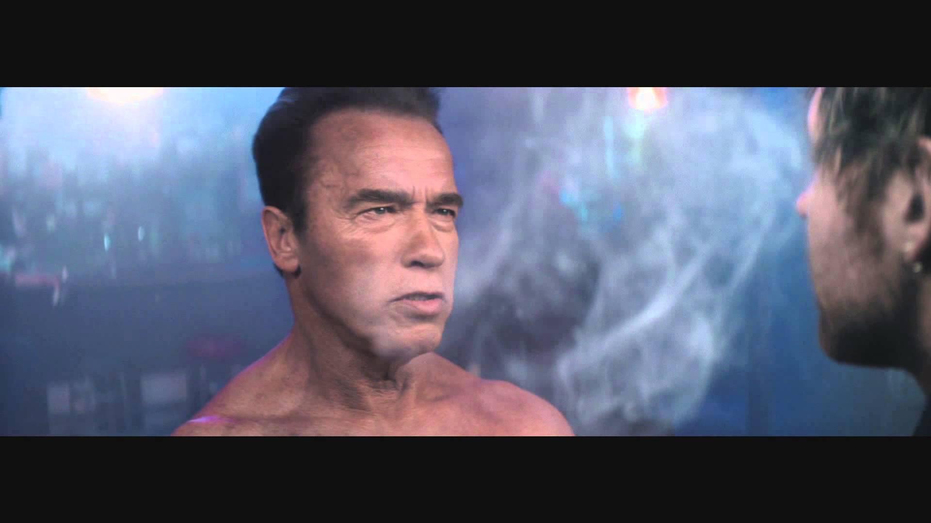 """Arnold Schwarzenegger stellt nochmal diese Szene aus """"Terminator 2"""" mit WWE-Stars nach"""