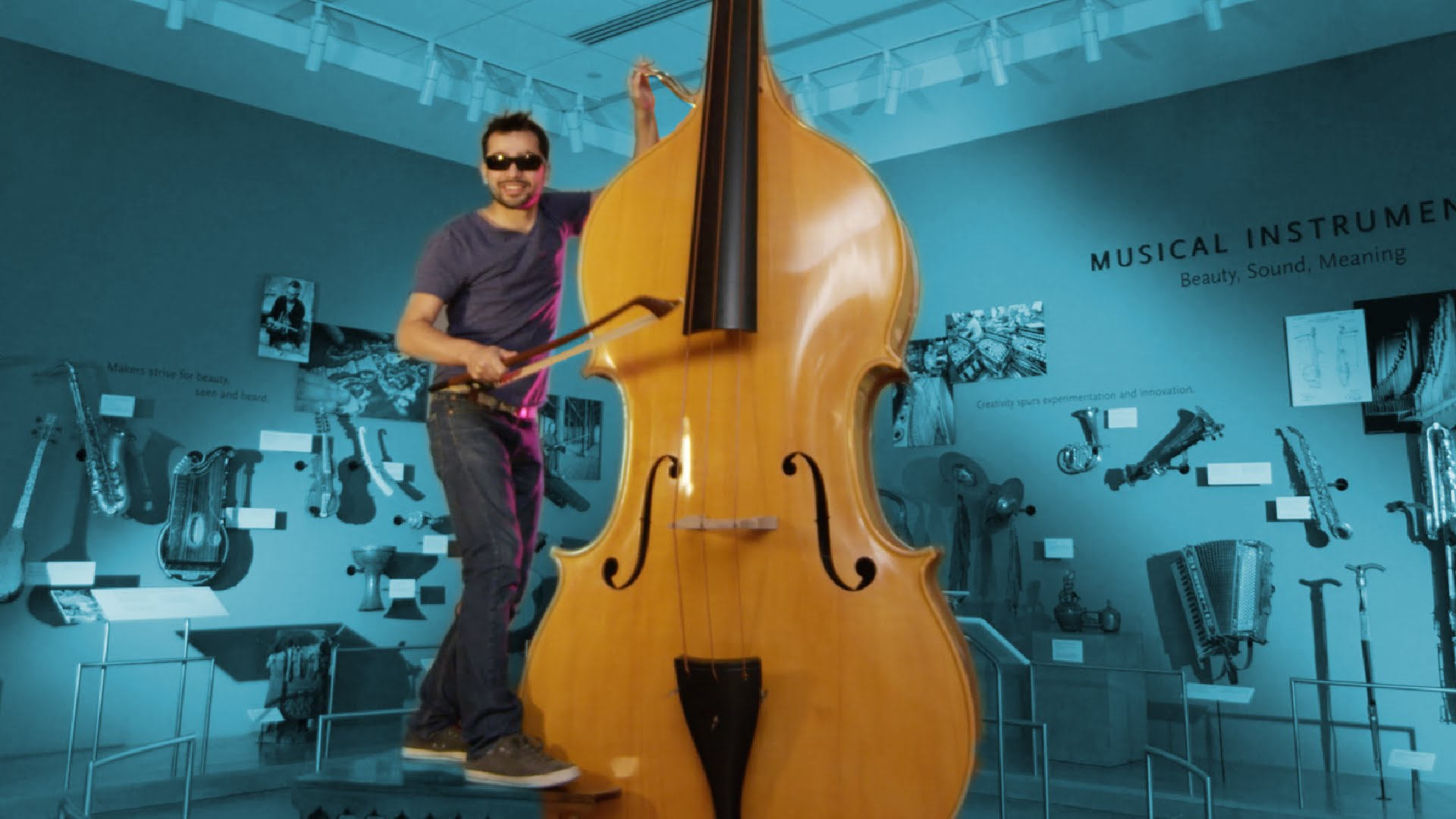 """""""Misirlou"""" von einem Typen auf 60 Instrumenten gespielt"""