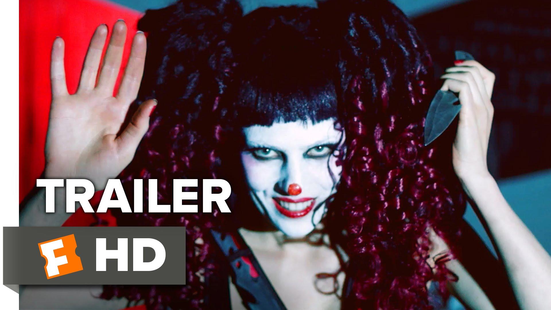 """Robert Englund macht mit """"The Funhouse Massacre"""" mal wieder einen Horrorfilm"""