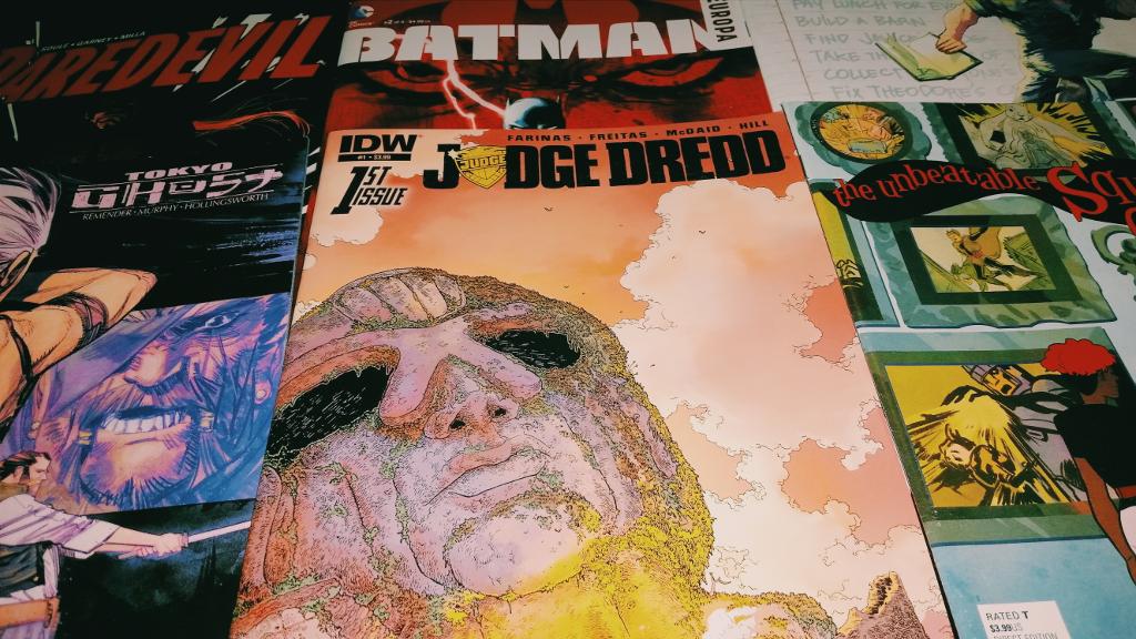 Mein Comic Haul vom 23.12.2015 (Daredevil, Huck, Squirrel Girl, Judge Dredd, Superman, Tokyo Ghost)