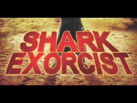 """Im Trailer zu """"Shark Exorcist"""" beschwört eine Nonne den Teufel in Form eines Hais"""
