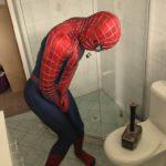 Thor prankt Spider-Man mit seinem Hammer