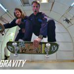 Tony Hawk skatet beim Parabelflug ohne Gravitation