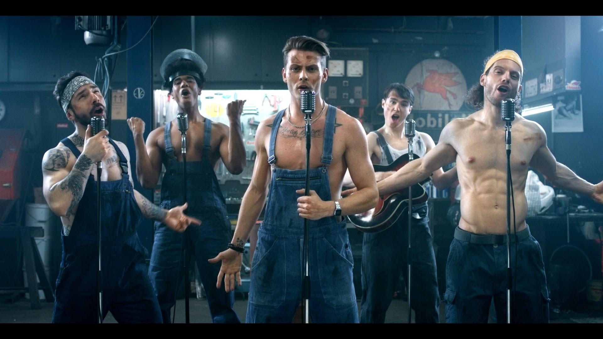 """Im Musikvideo von """"We Are The Boys"""" von den Boygroup Boys werden einfach alle Klischees bedient"""