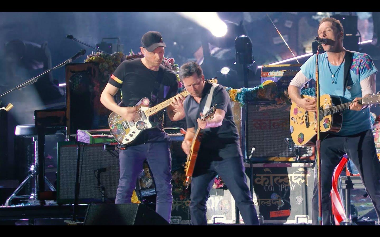 """Michael J. Fox und Coldplay performen """"Johnny B. Goode"""" von Chuck Berry"""