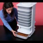 """""""The Hive"""" ist ein Gerät, mit du dir zuhause Mehlwürmer für den Verzehr züchten kannst"""