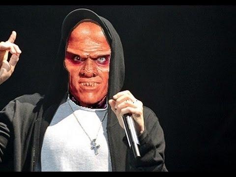 """In """"My Name is Quark"""" parodiert unser liebster Ferengi Eminem"""