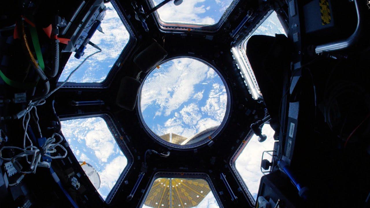 Mal ganz entspannt in 4K durch die ISS schweben
