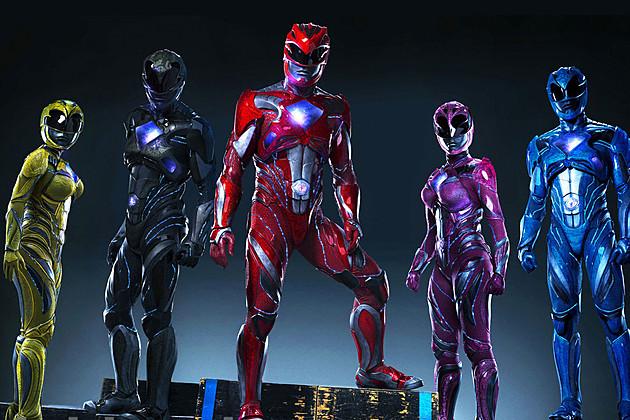"""Der neue """"Power Rangers""""-Film zeigt uns schon mal seinen Megazord in Spielzeugform"""