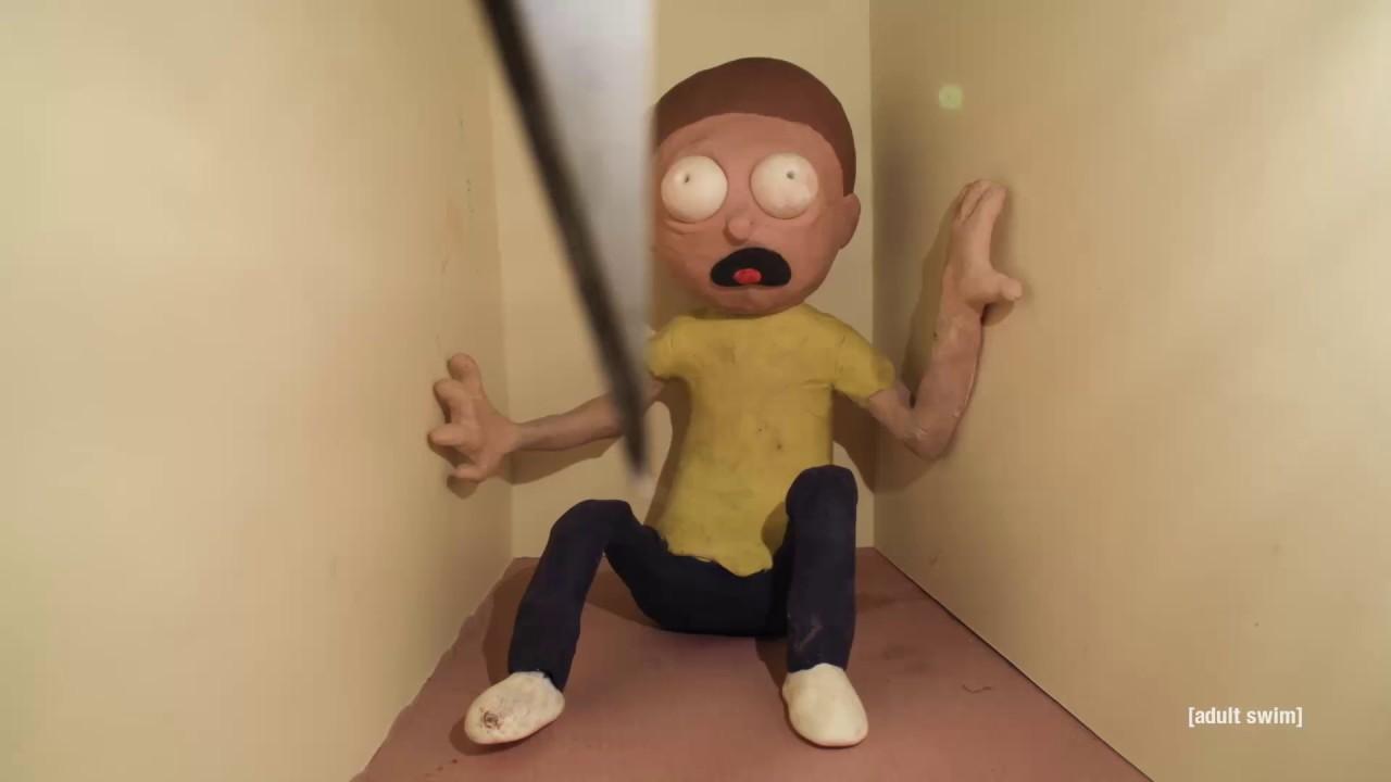 """""""Rick and Morty"""": Eine Claymation stellt Szenen bekannter Horrorfilme nach"""