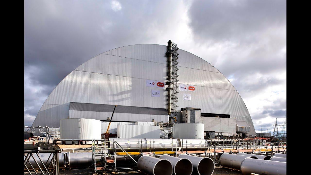 Tschernobyls kaputter Reaktor bekam einen riesigen, neuen und mega coolen Strahlenschutz