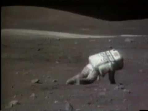 The more you know: Wie man sich auf dem Mond wieder aufrichtet, wenn man hingefallen ist