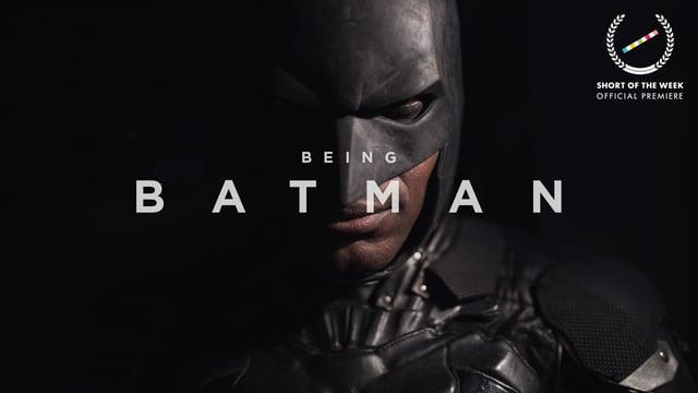 """""""Being Batman"""" erzählt die wahre Geschichte eines Mannes, der jede Nacht als Batman verkleidet Verbrecher jagt"""