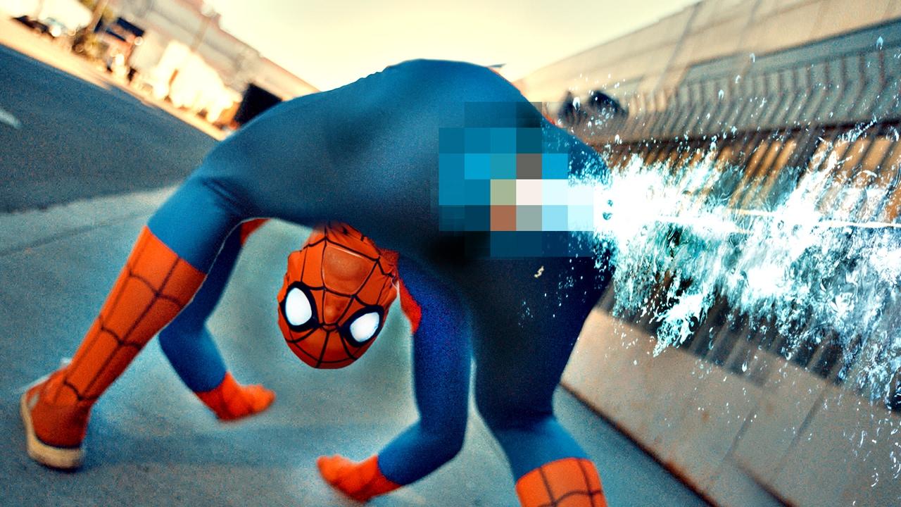 """Vermutlich musstet ihr """"ANATOMICALLY CORRECT Spider-Man"""" nicht unbedingt sehen"""