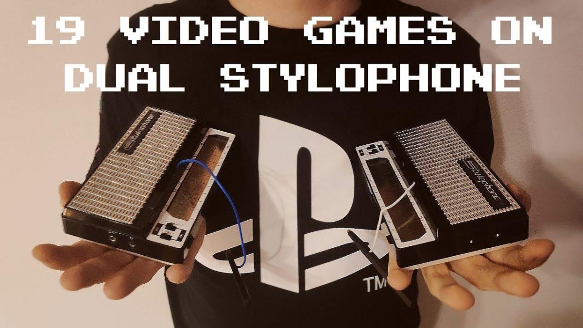 Ein Medley klassischer Videospiele-Musik auf 2 Stylophones