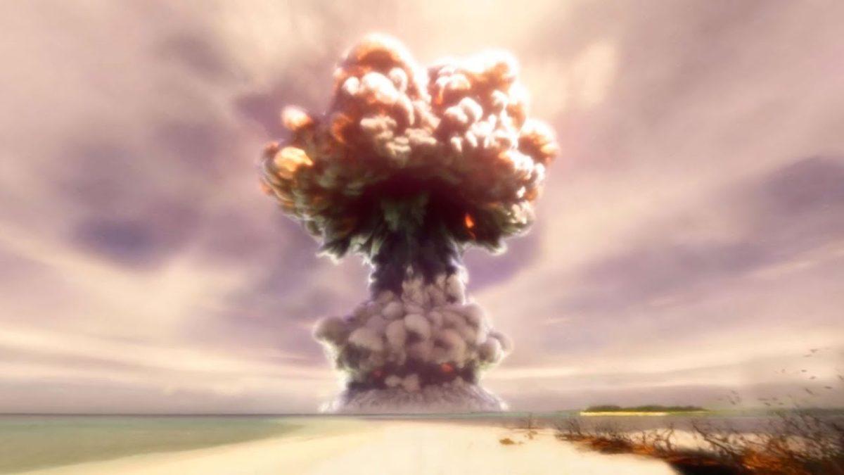 Eine Atombombenexplosion aus nächster Nähe in 360°