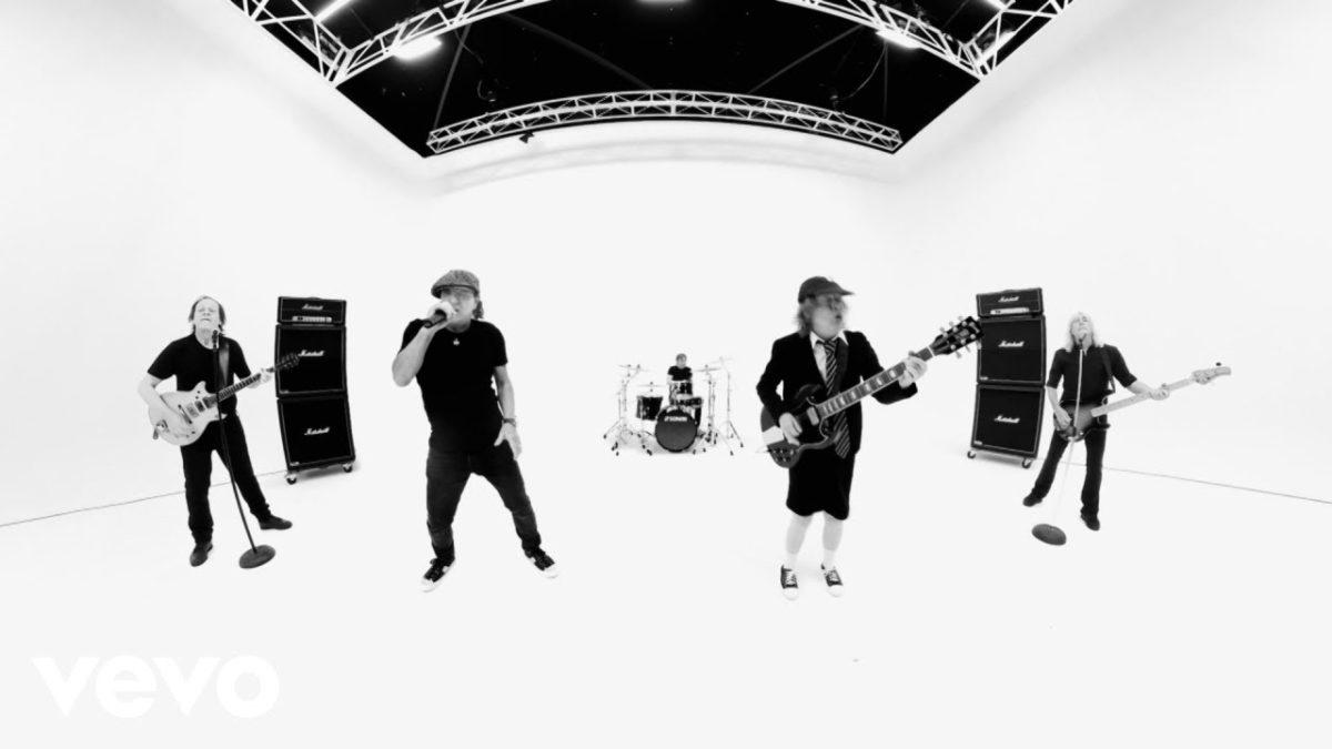 """AC/DC sind mit """"Realize"""" zurück und klingen wie immer"""